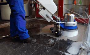 Productvideo over opknappen natuurstenen vloer